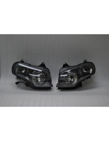 Hlavní světlomety Honda...